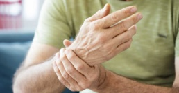 man with synovitis in wrist